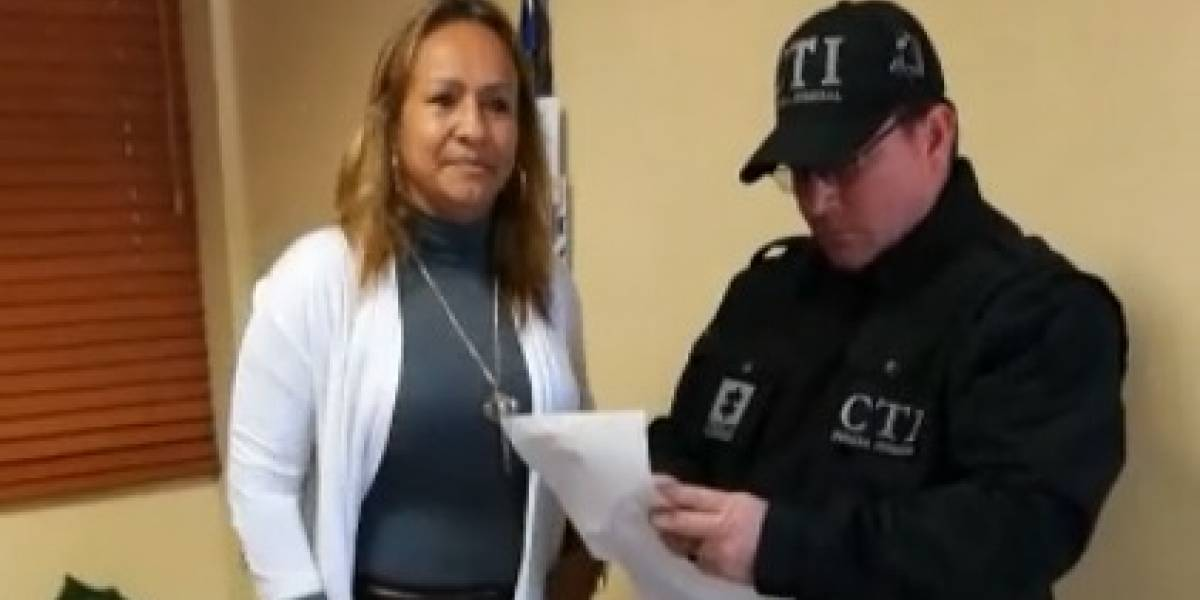 ¡Descarada!, alcaldesa les pedía parte del salario a sus empleados para no despedirlos