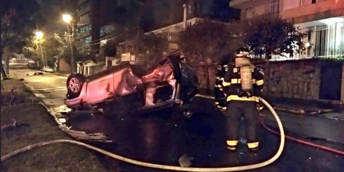 Un incendio de vehículo se reportó en Quito esta madrugada