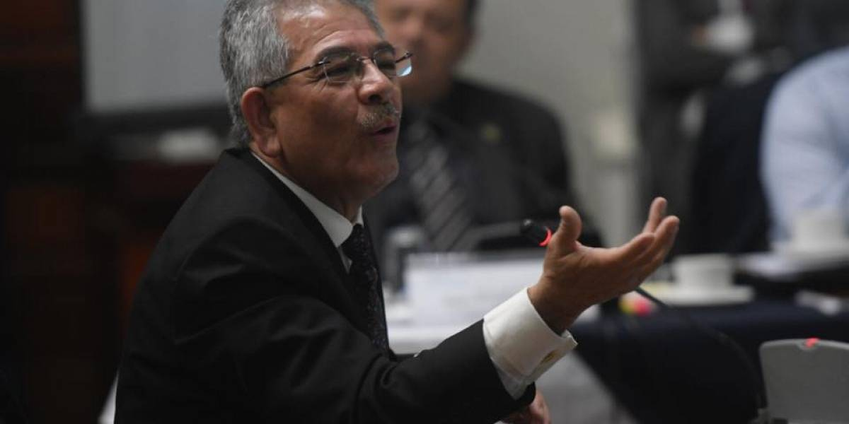 """Juez Miguel Gálvez """"entre los elegidos"""" y así reacciona en Twitter"""