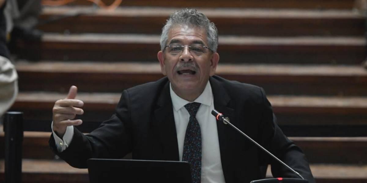 Juez Gálvez expone su plan de trabajo ante la comisión de postulación a fiscal general