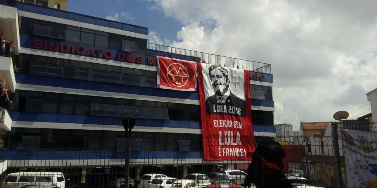 Homem armado teria causado tumulto em ato pró-Lula em São Bernardo