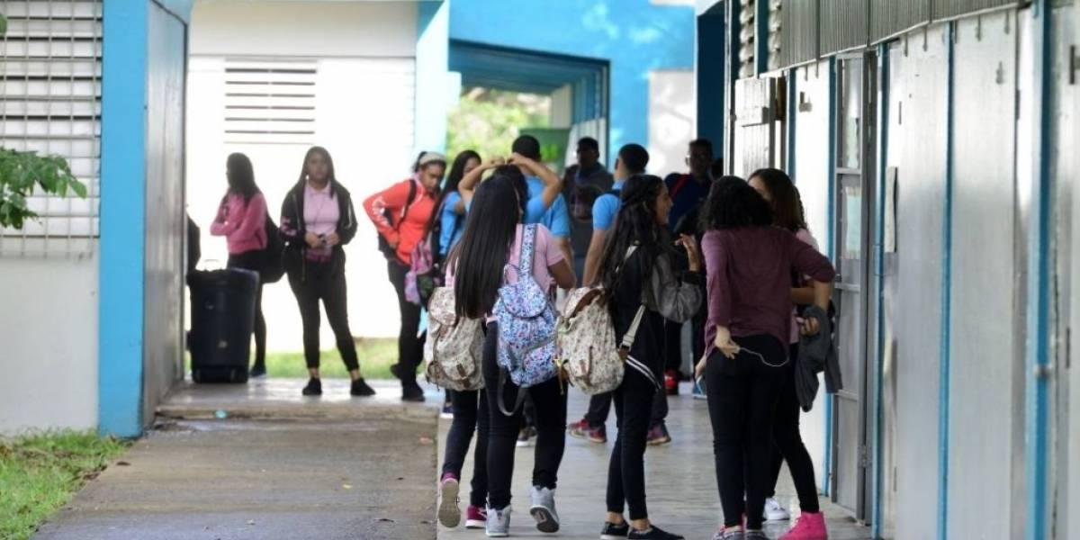 Proponen que alcaldes puedan asumir la total administración de las escuelas de sus municipios
