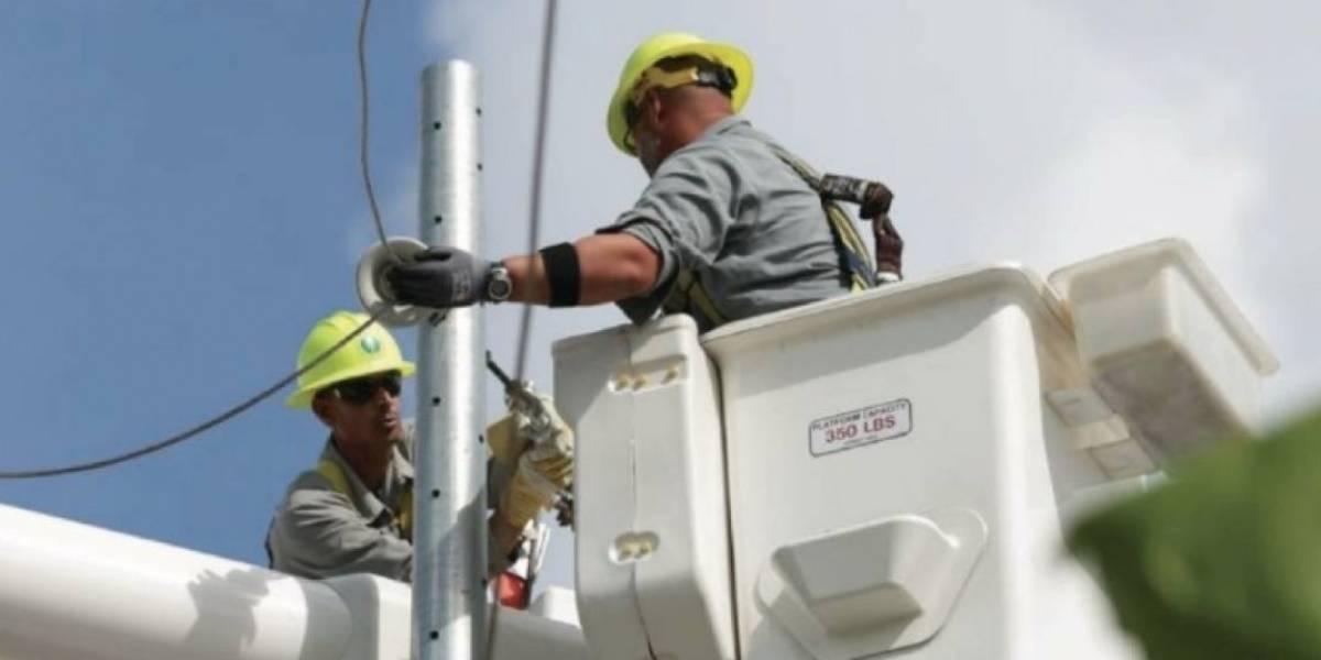 AEE mantiene activa la línea para atender a clientes sin servicio en municipios ya energizados