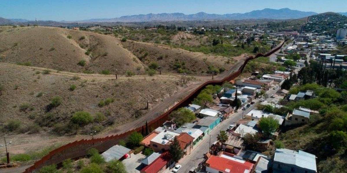 Texas y Arizona anuncian envío de 400 militares a la frontera con México