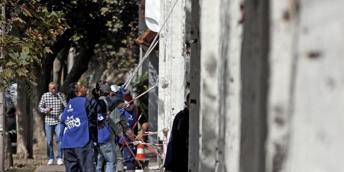 Municipalidad de Santiago inicia operativo comunitario contra los rayados
