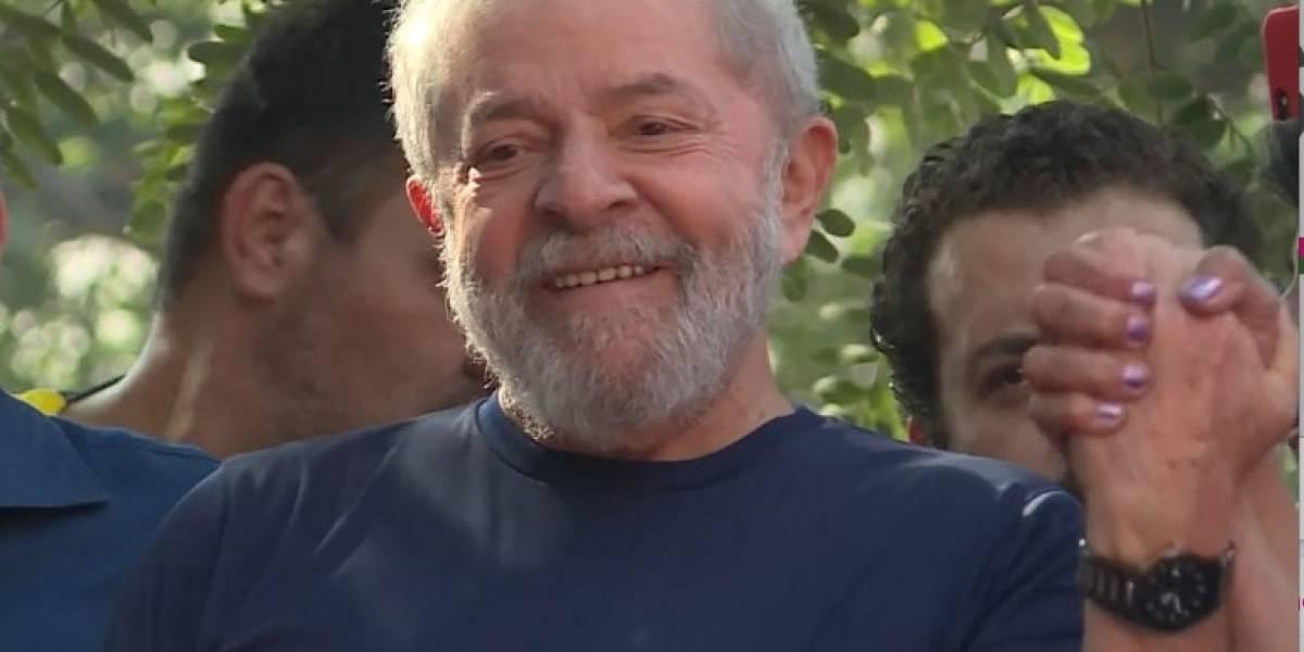 Lula proclama su inocencia, acusa a un juez y asegura que se entregará a la Policía