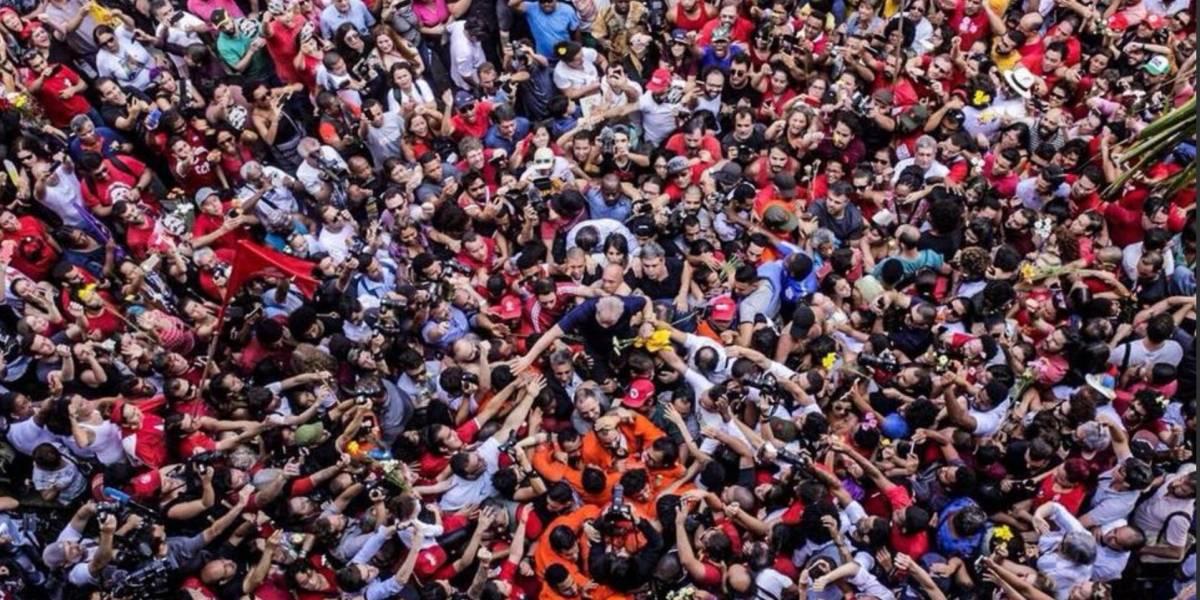 VIDEO. Multitud impiden que expresidente de Brasil se entregue a la policía