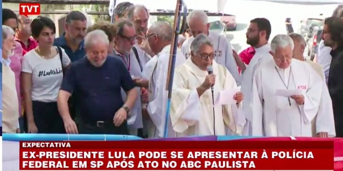 AO VIVO: Lula discursa no sindicato dos metalúrgicos do ABC