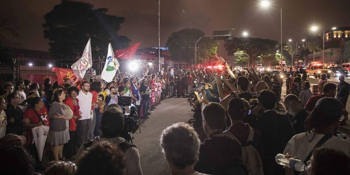 Manifestantes pró e contra Lula saem às ruas em todo o país