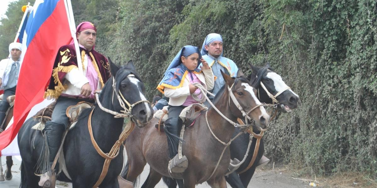 Cuasimodo más grande de Chile: Colina reúne a casi tres mil jinetes que corren a Cristo