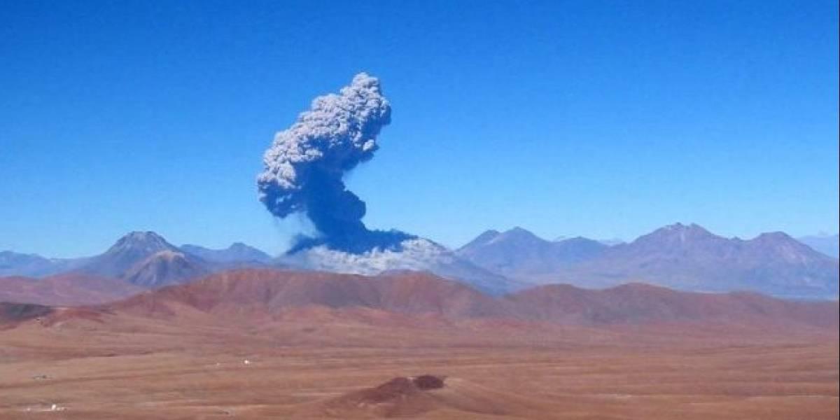 Decretan alerta amarilla en San Pedro de Atacama tras aumento de actividad del volcán Lascar