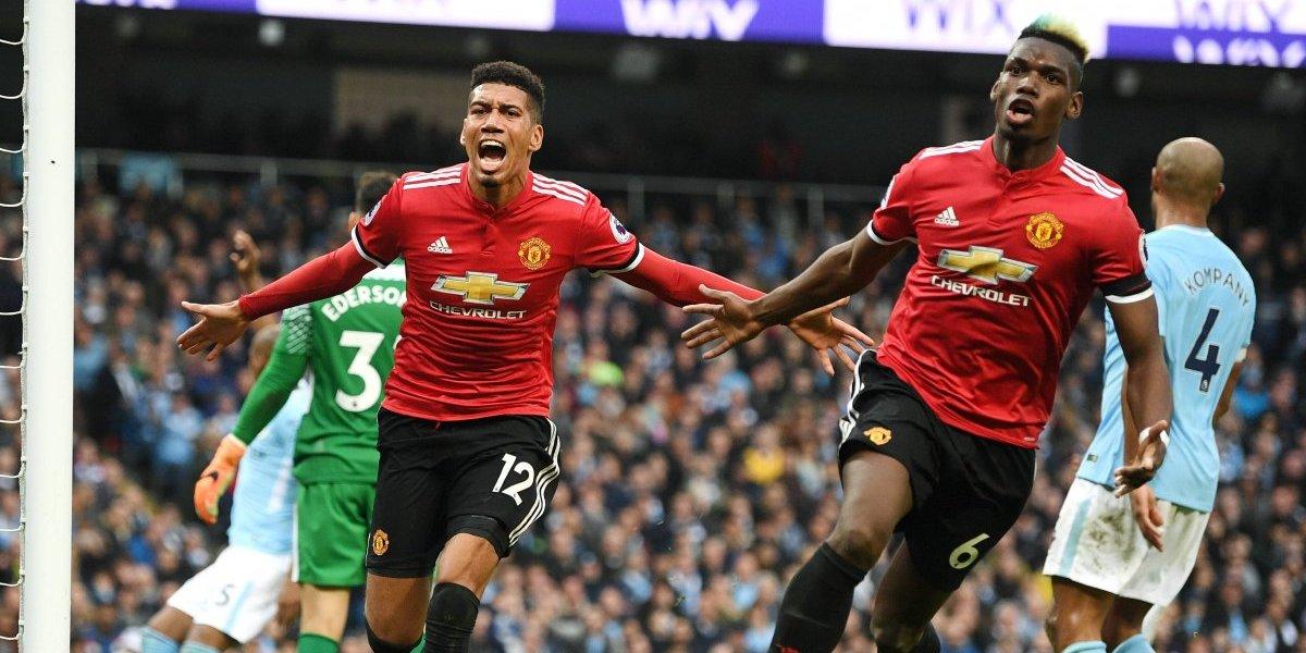 Alexis guió con dos precisas asistencias la remontada del United en el clásico de Manchester