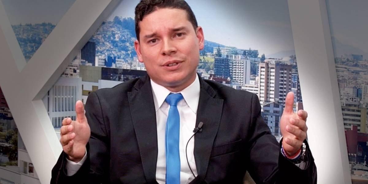 Jueza revoca la prisión preventiva a Iván Espinel