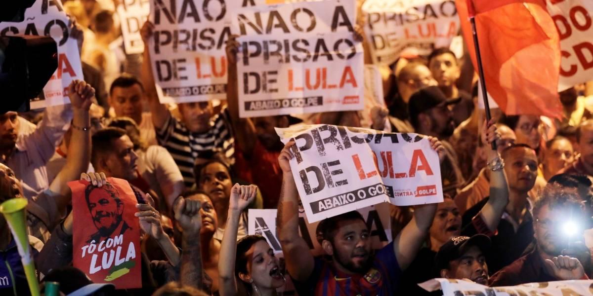Militantes agridem jornalistas no Sindicato onde Lula está em São Bernardo