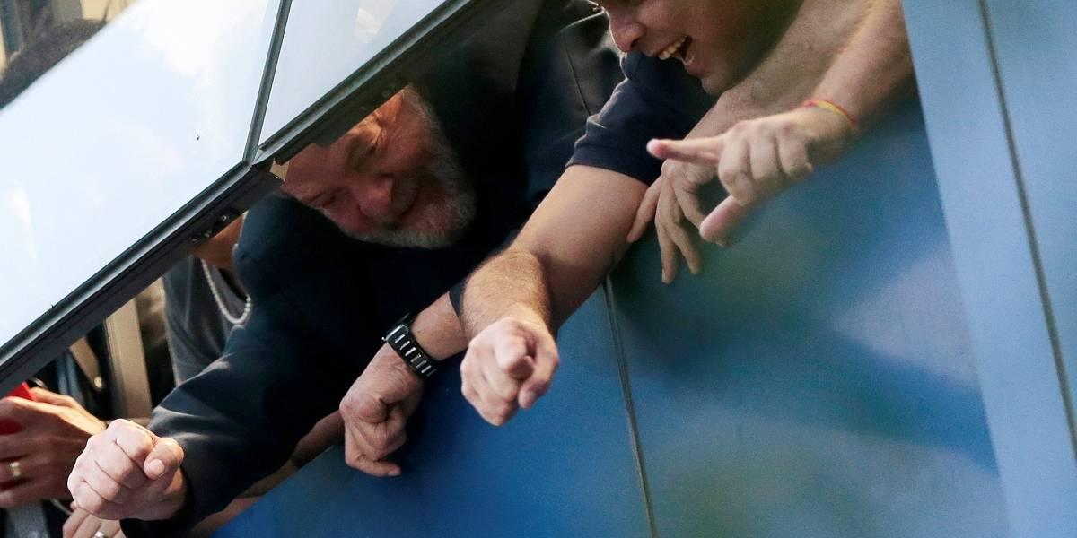 Lula se entregará após missa para Marisa, diz presidente do PT em SP