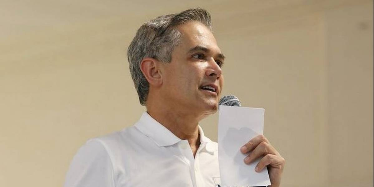 Mancera continúa la gira del gobierno de coalición por Acapulco