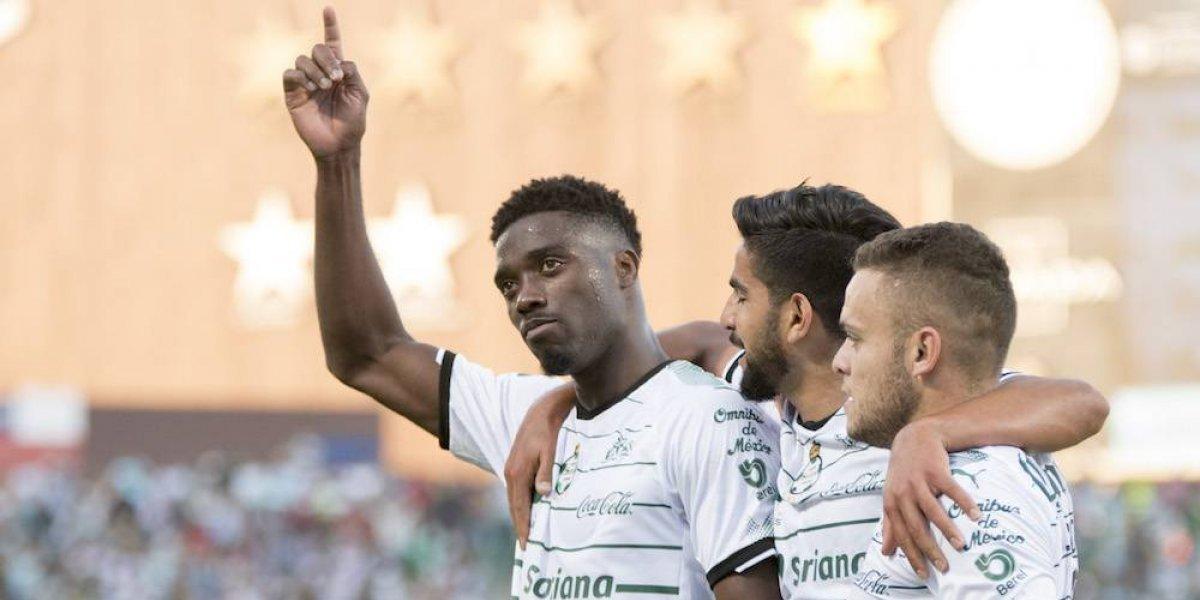 Santos califica a Liguilla con goleada sobre Querétaro