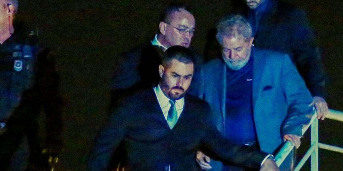 Expresidente de Brasil llegó a la cárcel de Curitiba donde empezará a cumplir su sentencia