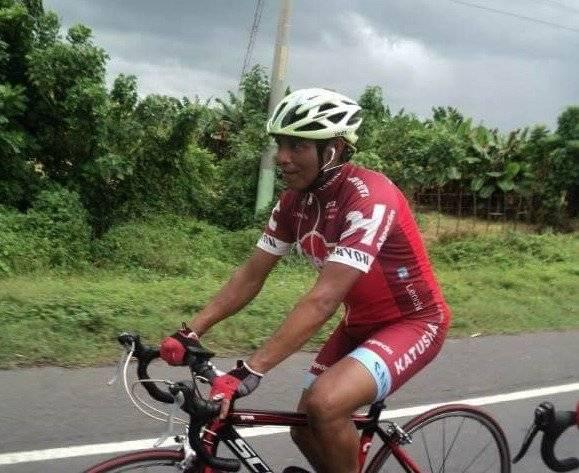 El ciclista en una de sus competencias.