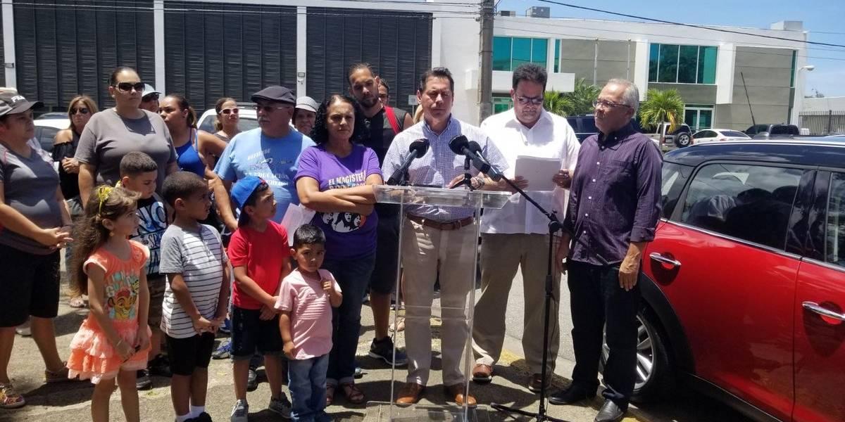 Legisladores PIP presentan contrapropuesta contra cierre de planteles