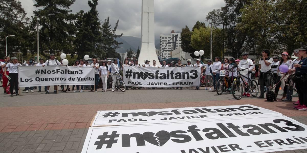 Globos al cielo por el equipo periodístico de El Comercio secuestrado