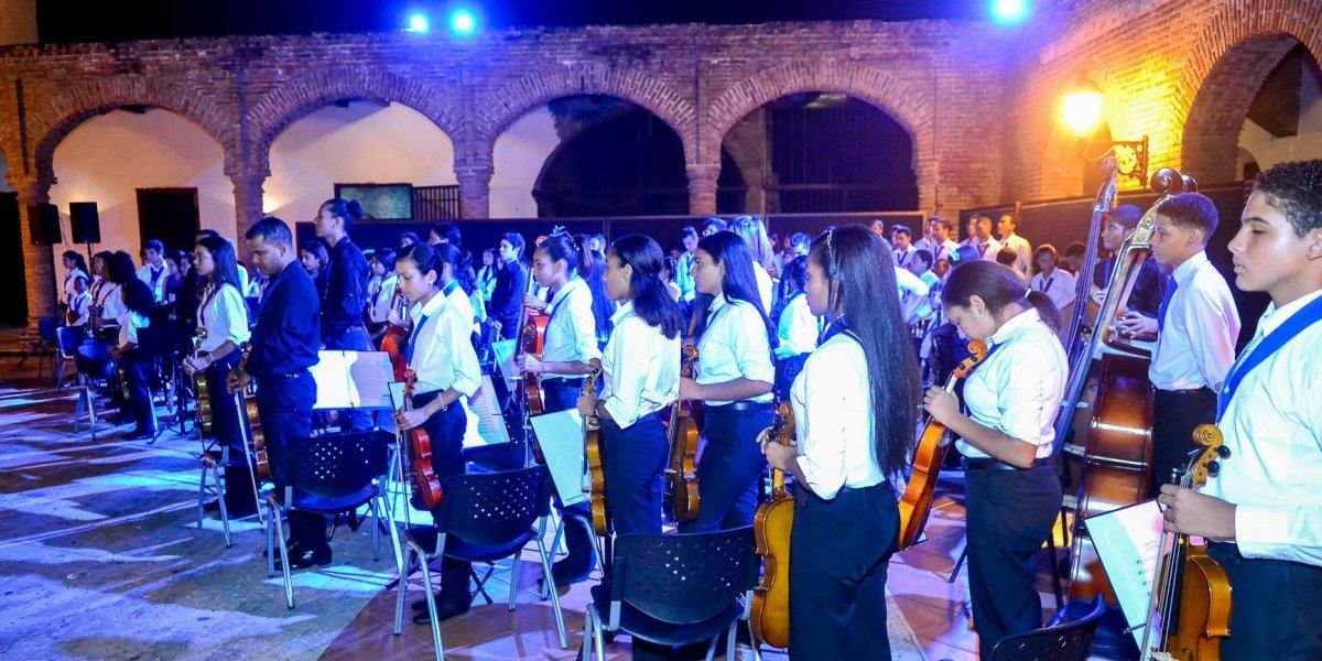 Exitoso concierto sinfónico ofrecido por estudiantes Fundación Fiesta Clásica