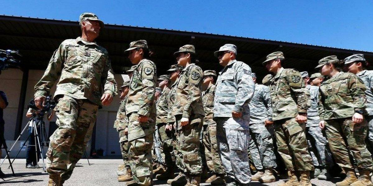 Aumentan los refuerzos: envían más de mil efectivos estadounidenses a frontera con México