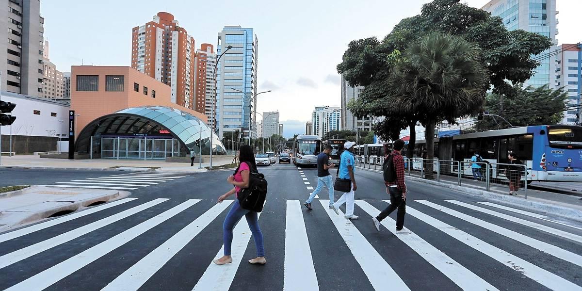 Abertura da Ibirapuera para carros 'desembaça' tráfego
