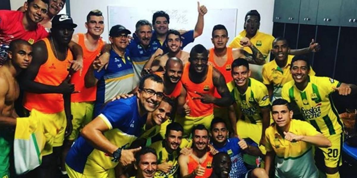 Jugadores del Atlético Bucaramanga homenajearon a niños con cáncer
