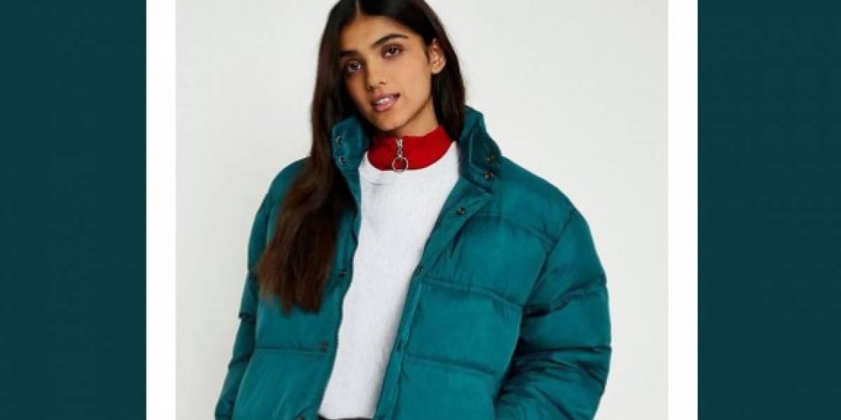 """""""Gracias…, es exactamente como lo imaginé"""": compró una chaqueta azul por internet y lo que le llegó desató la risa de todos y se volvió viral"""