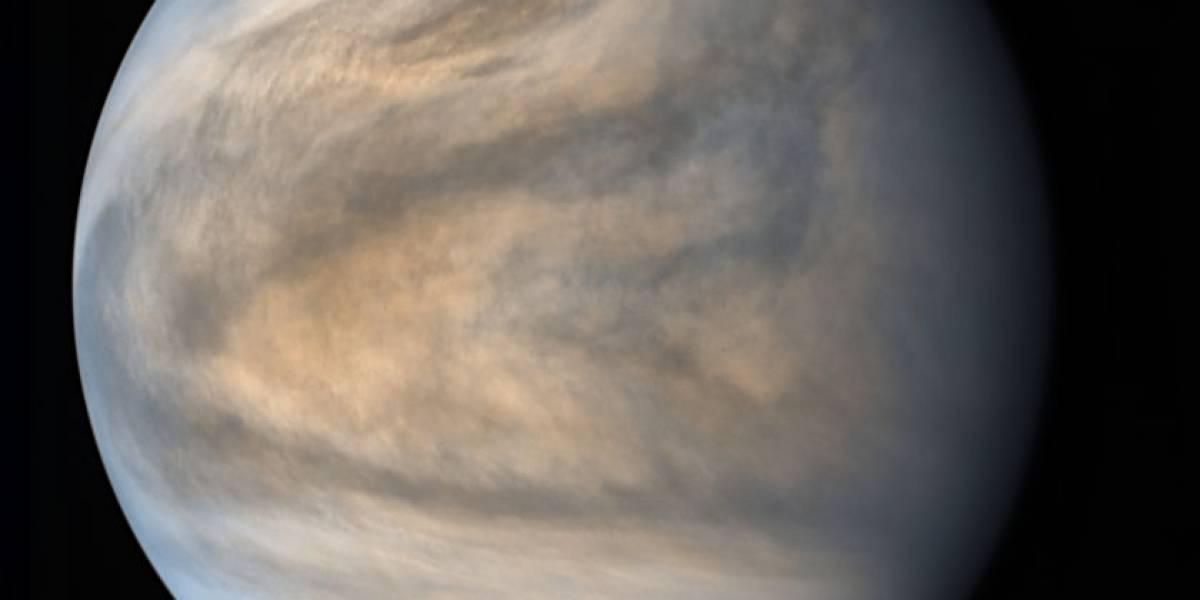 Espacio: Es posible que Venus tenga docenas de volcanes activos