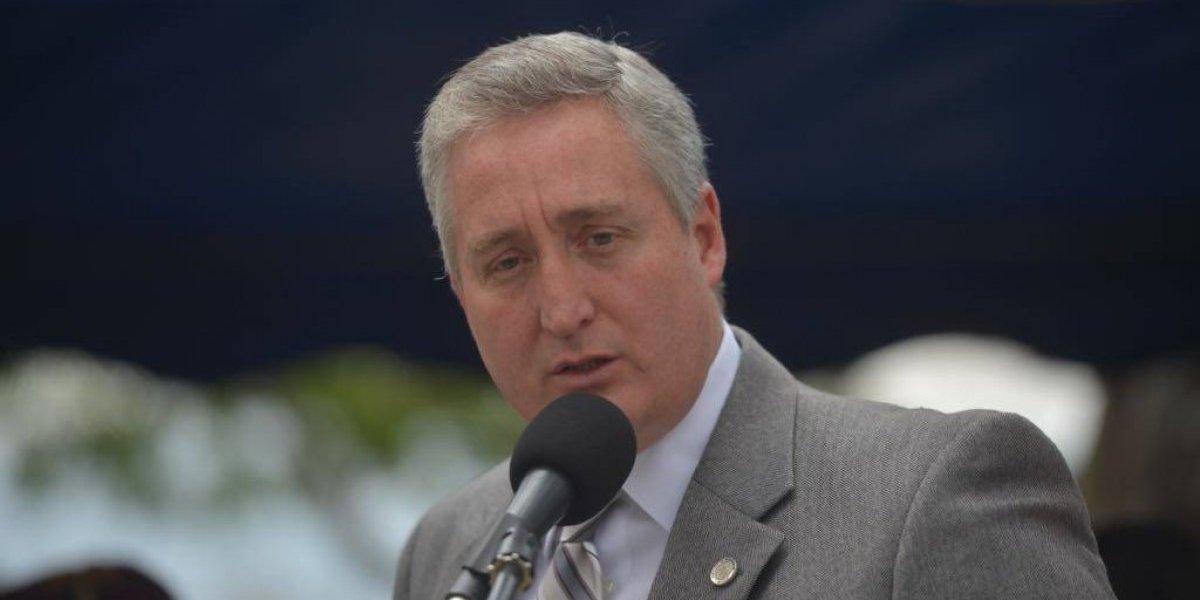"""Ministro de Gobernación: """"Los agentes de la PNC son de la PNC, no son de nadie más"""""""