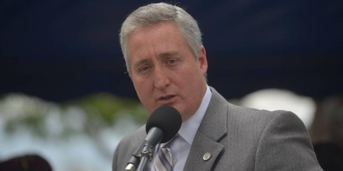 Ministro Degenhart pide explicación a Iván Velásquez por agentes PNC que intentaron ingresar a su domicilio