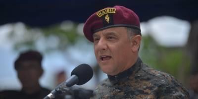 ministro de la Defensa, Luis Ralda