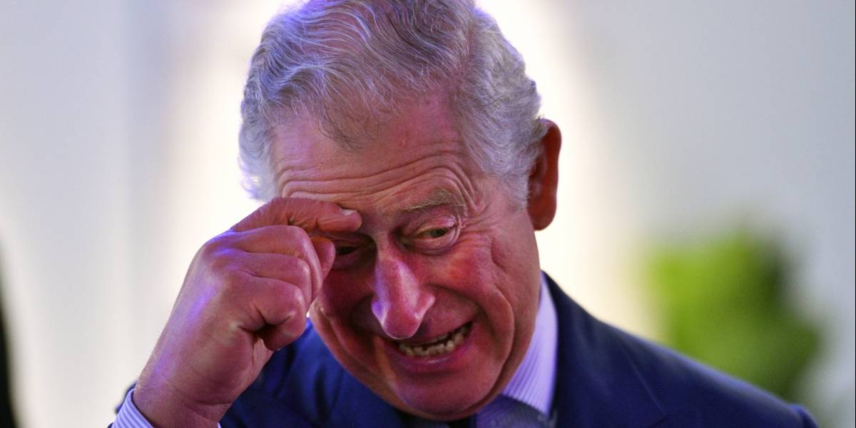 """""""Nadie quiere al príncipe Carlos"""": 25 mil firmas piden que puente en Inglaterra no lleve su nombre"""