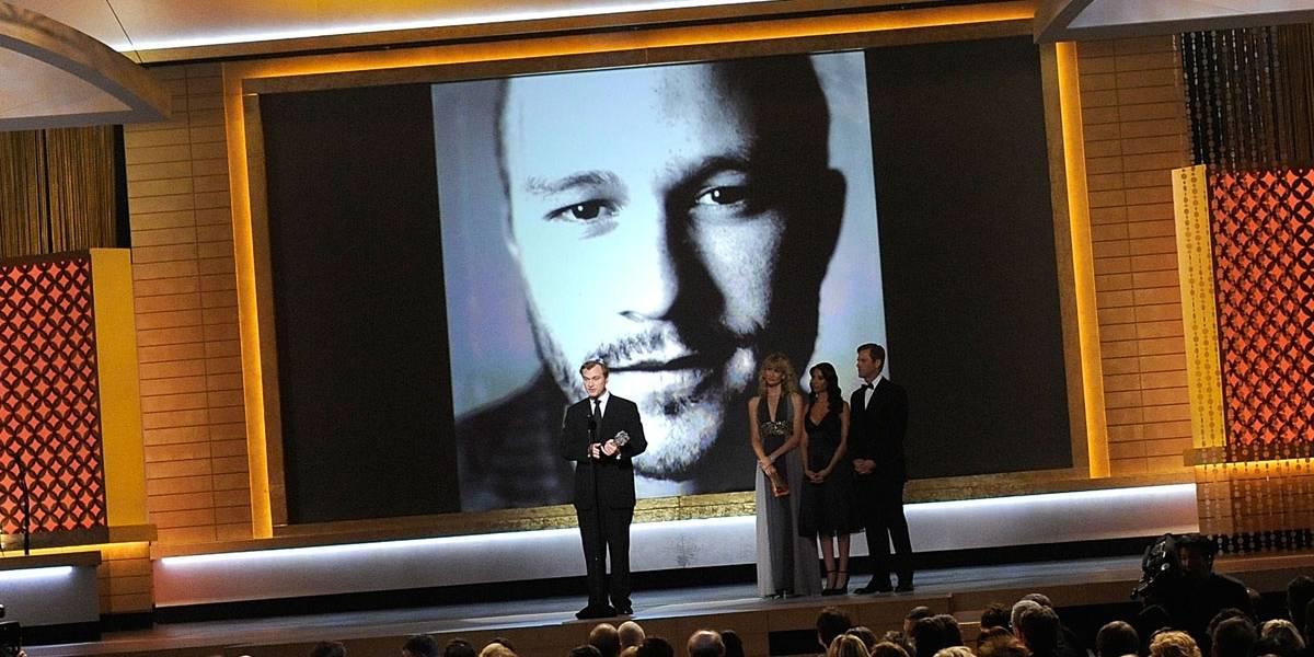 Christopher Nolan conta que Heath Ledger criou Coringa sozinho: 'desenvolveu a voz e a maquiagem'