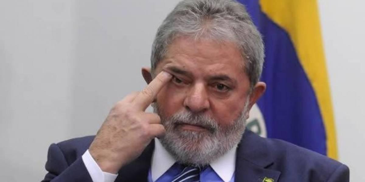 Lula dedica la mayor parte del tiempo en su celda a la lectura, dice abogado