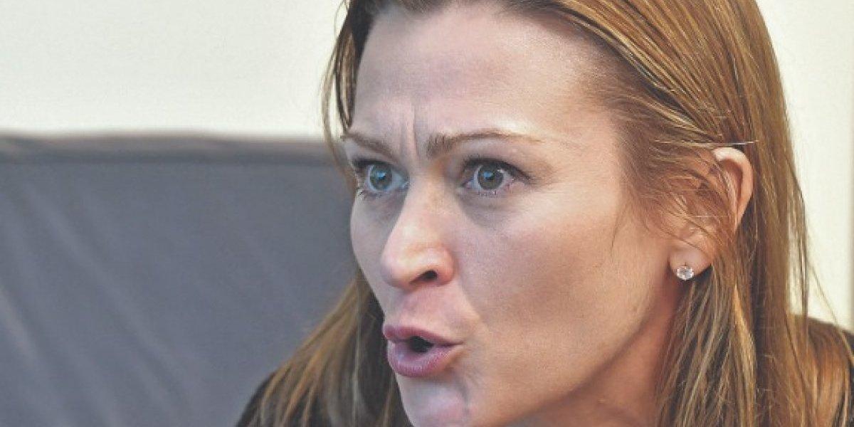 Julia Keleher queda en libertad bajo fianza