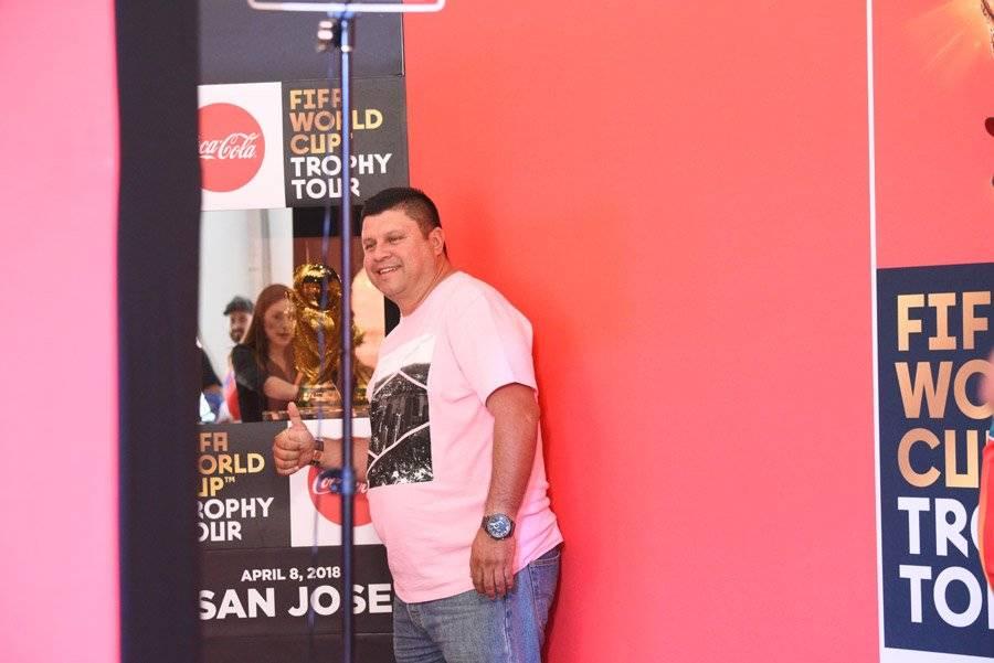FIFA World Tour Cup Trophy Tour de Coca-Cola