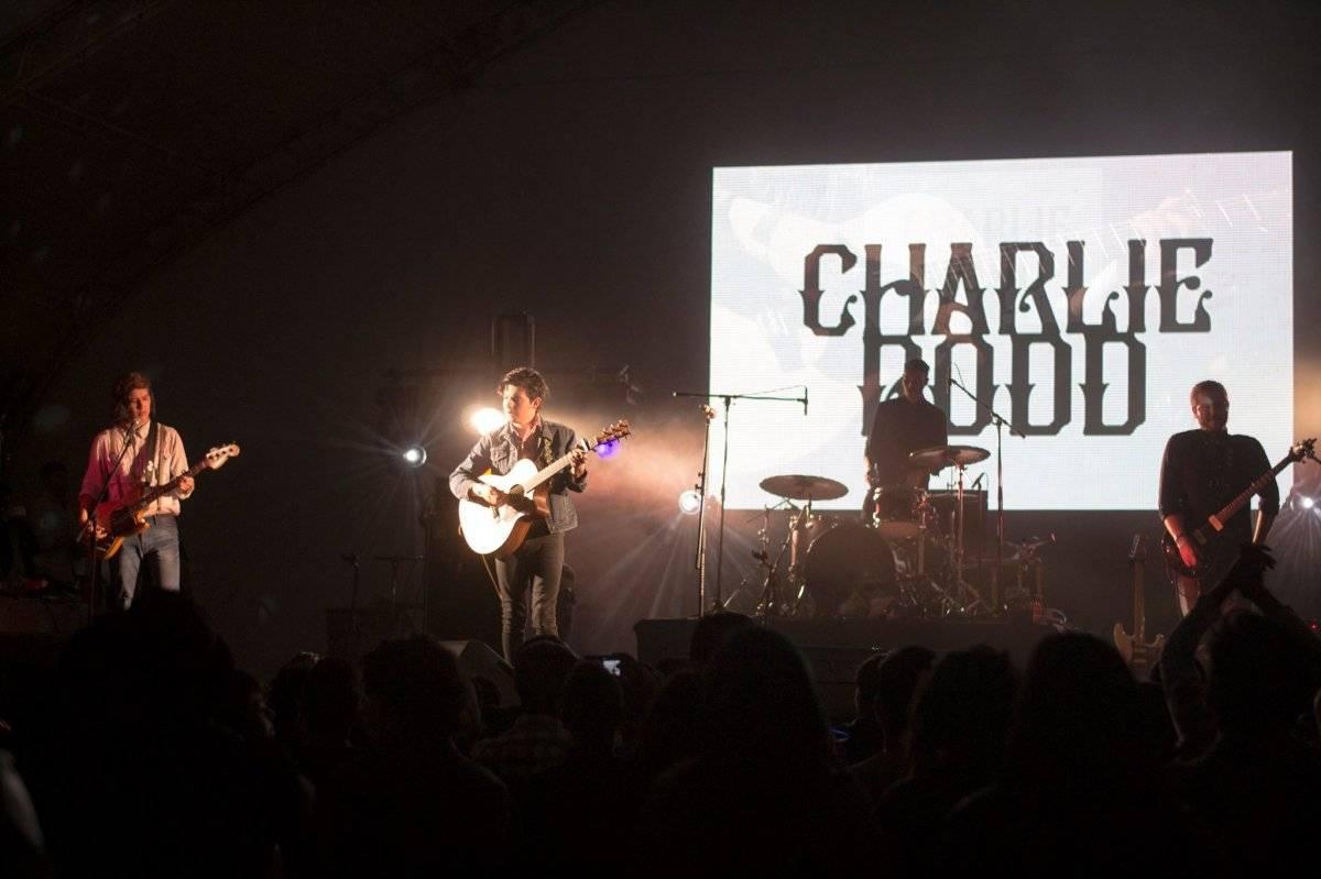 Charlie Rodd, de gira.