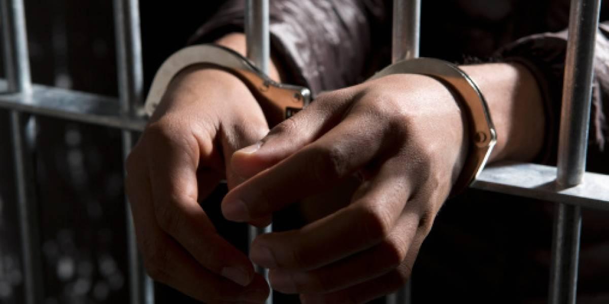 Hombre que violó a sus hijos recibe condena de 22 años