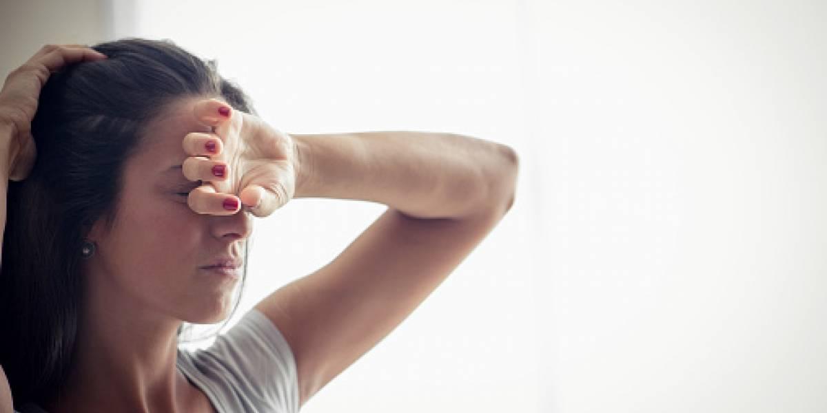 ¿Por qué me duele la cabeza durante la menstruación?