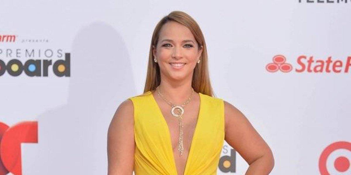 "Adamari López revela que fue novia de presentador considerado como ""gay"""