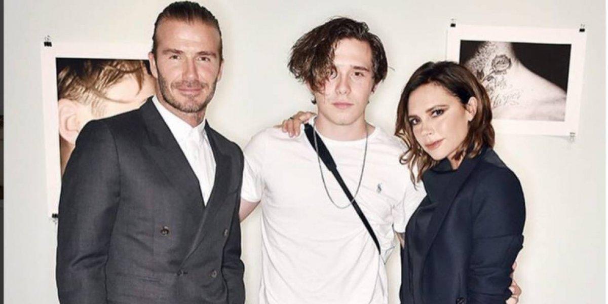FOTOS. Brooklyn Beckham es captado besándose con una modelo Playboy