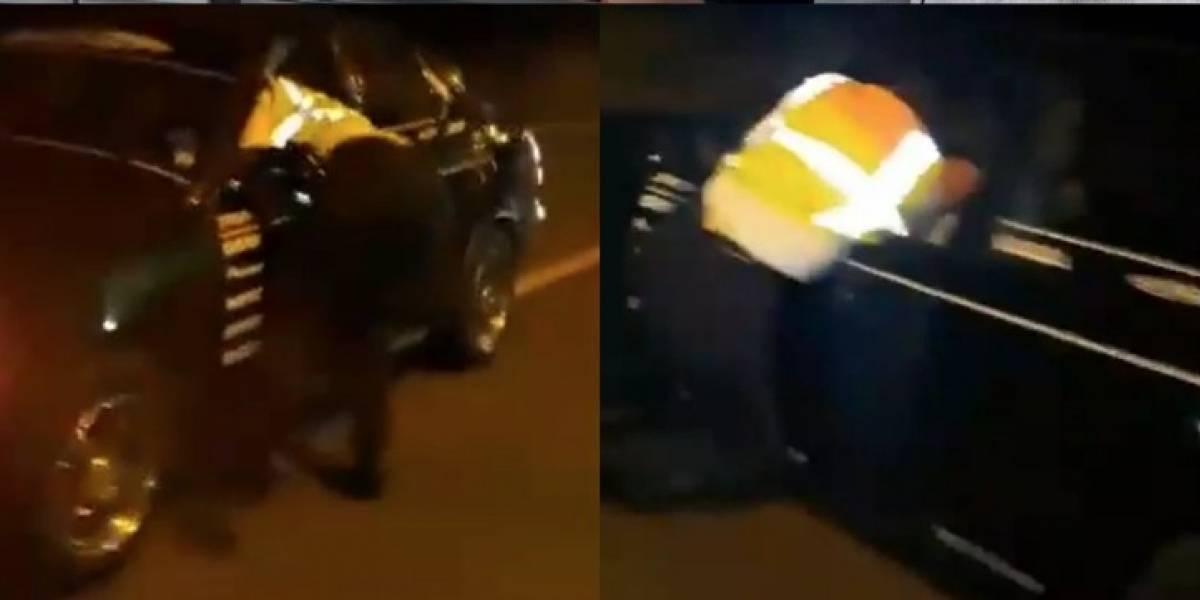 Vehículo que arrastró a agente de la CTE, retenido