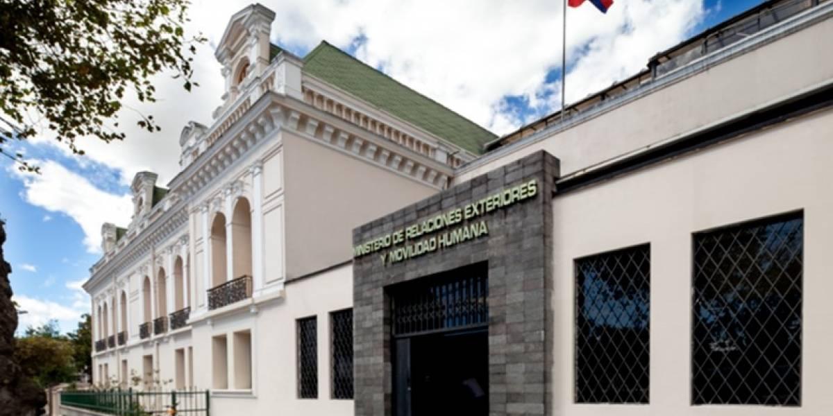 Cancillería ecuatoriana es evacuada tras amenaza de bomba