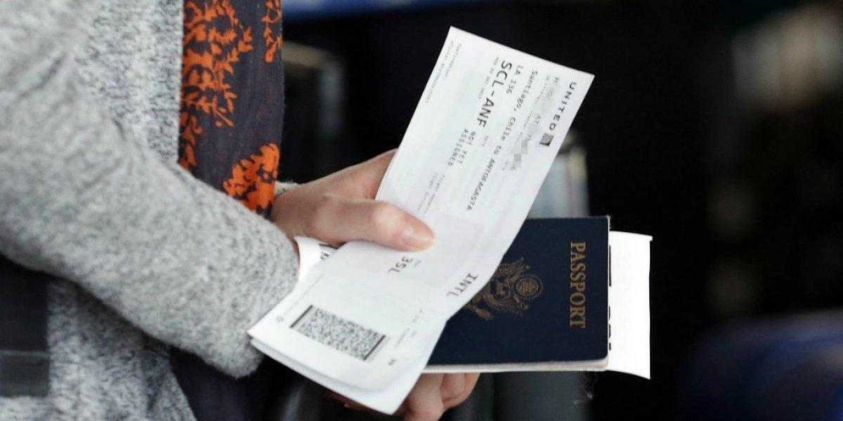 """La """"letra chica"""" de las visas de Piñera: los problemas que anticipan los expertos para quienes quieran migrar a Chile"""