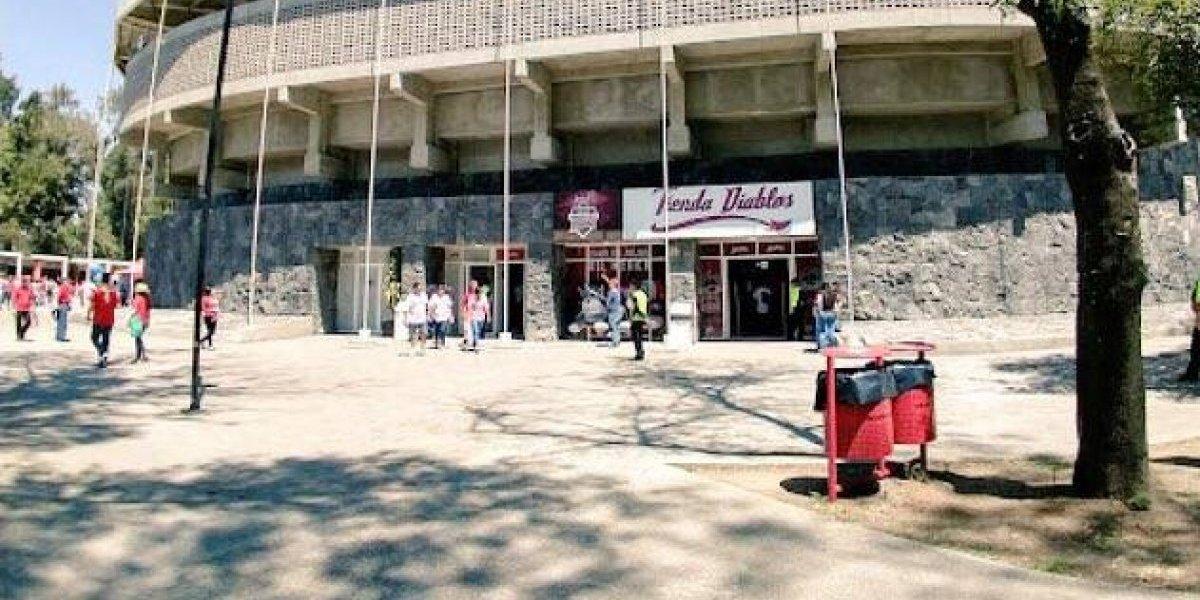 Asaltan el estadio de los Diablos Rojos del México