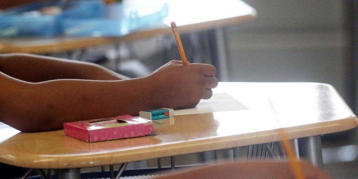 78 % de estudiantes de escuelas públicas viven en pobreza