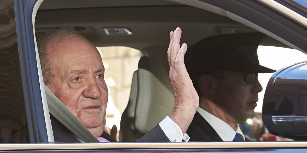 El Rey Juan Carlos de España recibe alta médica tras su operación de rodilla